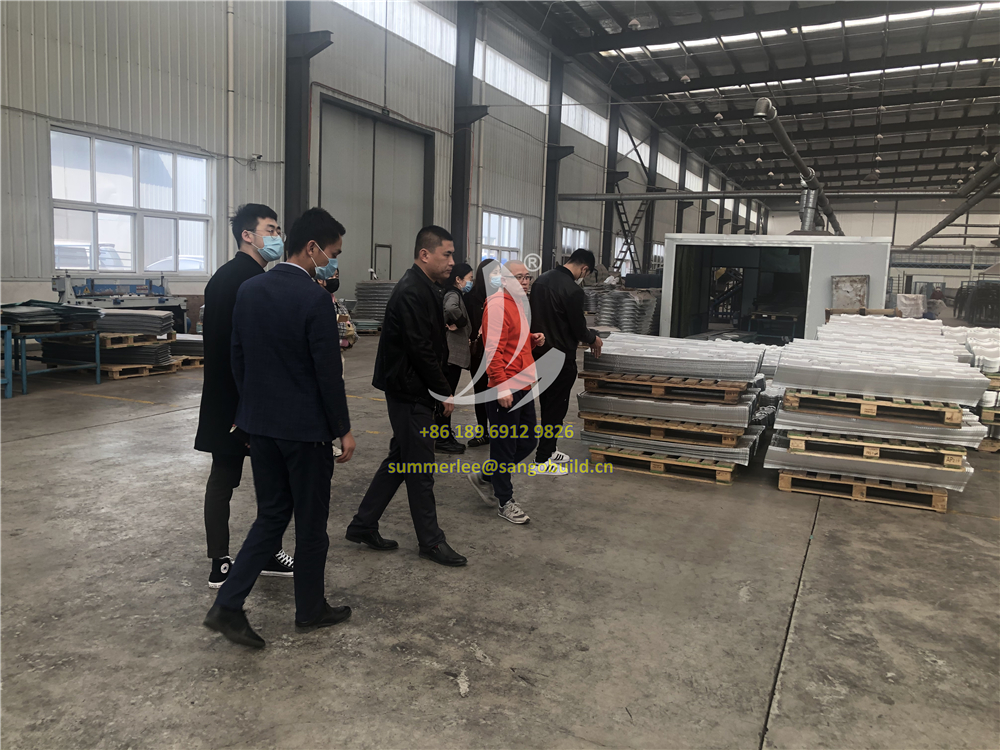 San-gobuild organized Staff Training and technical communication on stone coated metal roof tiles recently in Tianjin factory.