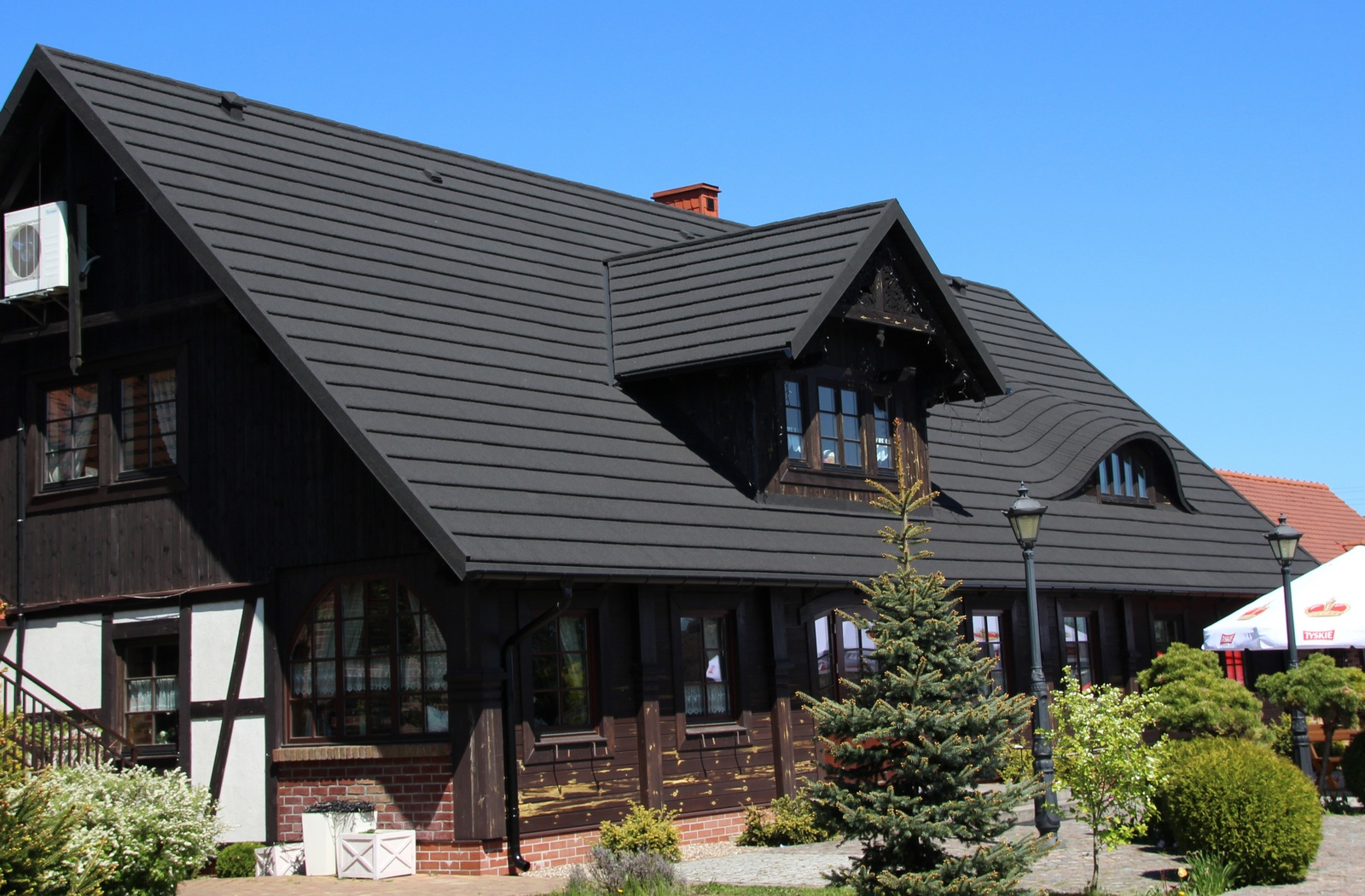 Why Homeowners Choose to Install Stone-Coated Steel Roofing