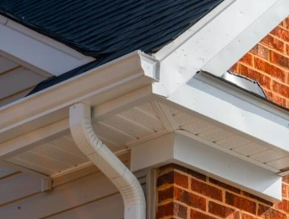 6 Reasons to Switch to PVC Rain Gutters